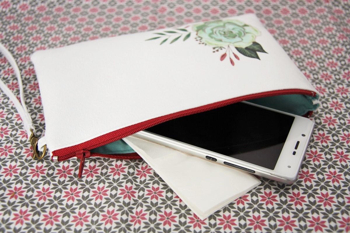 pochette personnalisée peint main suédine blanche succulente la kitsch lorraine