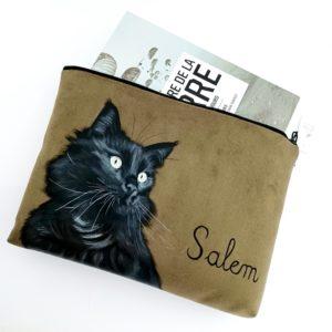 Pochette à livre peint main suédine kaki chat noir kitsch lorraine 4