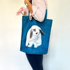 Tote bag personnalisé peint main suédine bleu lapin kitsch lorraine 5